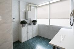 Ático amueblado de 2 dormitorios en la calle Alcalá (Ventas Guindalera) 9