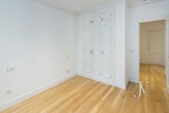 Calle Fortuny, alquiler de apartamento con garaje en edificio representativo 13