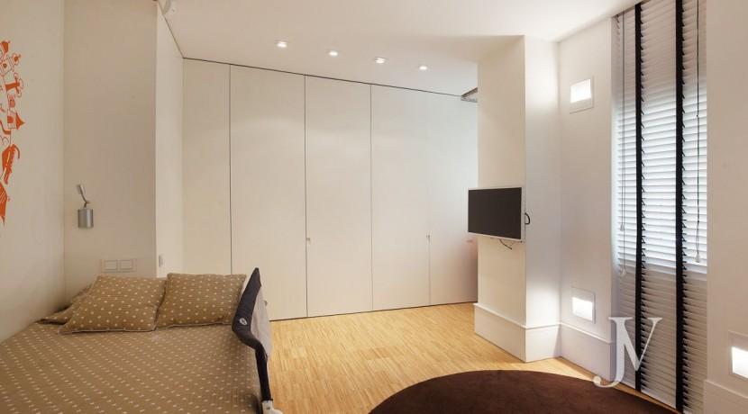 ALMAGRO con vistas, 2 dormitorios + dormitorio de servicio, calidades premium, edificio clásico 13