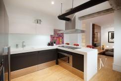 ALMAGRO con vistas, 2 dormitorios + dormitorio de servicio, calidades premium, edificio clásico 20