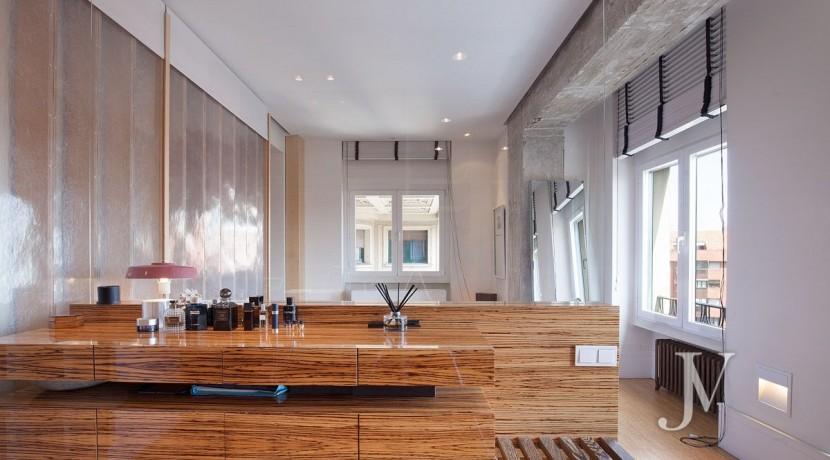 ALMAGRO con vistas, 2 dormitorios + dormitorio de servicio, calidades premium, edificio clásico 4