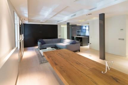 Almagro, 114m2, semi estreno, edificio clásico, 1 dormitorio con 2 baños