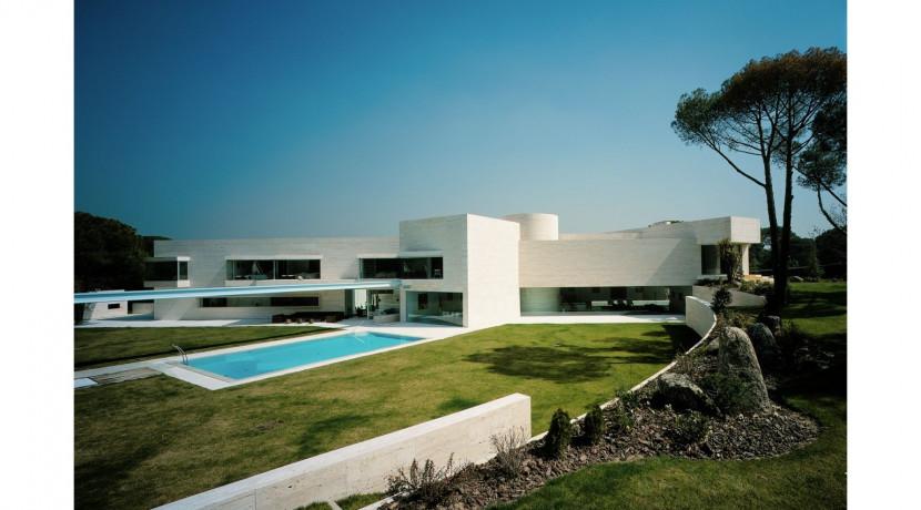 Escorzoneras (Las Encinas), 10.000m2 de parcela, 2.400m2 de vivienda, seguridad 24horas 1