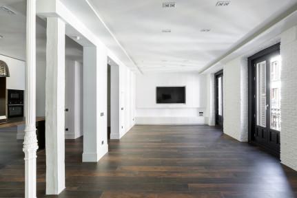 Justicia, A ESTRENAR, 250m2, 3 dormitorios con 3 baños + aseo.